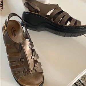 🌳 Clarks Lexi Comfort Sandals 7 W